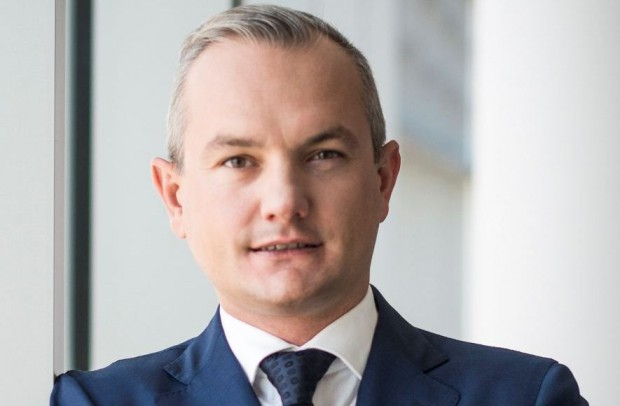 Robert Pietryszyn funkcję członka Rady Nadzorczej Grupy Lotos pełni od 23 grudnia 2015 roku.