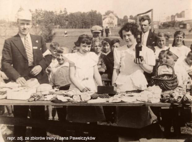 Loteria fantowa, którą Jan Pawelczyk senior organizował w czasie corocznych dożynek w Cisowej.