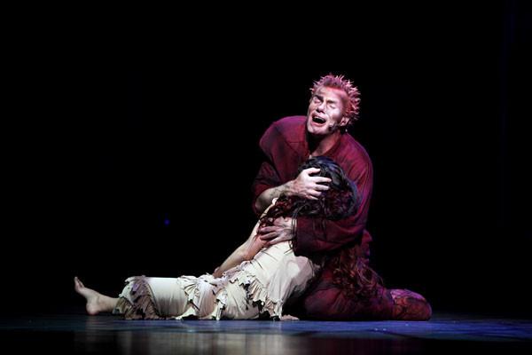 Tragiczna historia Quasimodo i Esmeraldy poruszyła już miliony widzów na całym świecie. Już we wrześniu będzie ją można obejrzeć w Teatrze Muzycznym w Gdyni.