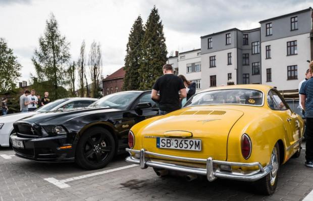 Ciekawe egzemplarze odwiedziły pierwszy tegoroczny Cars & Coffee.