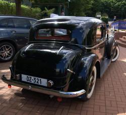 Mercedes W 143 - 230.