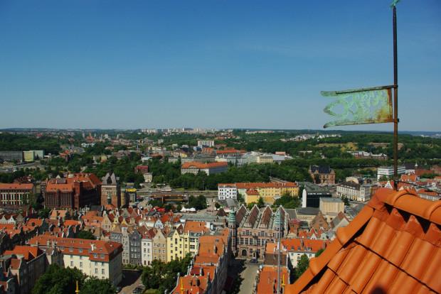 Widok z wieży bazyliki Mariackiej. Wstęp do godz. 21.