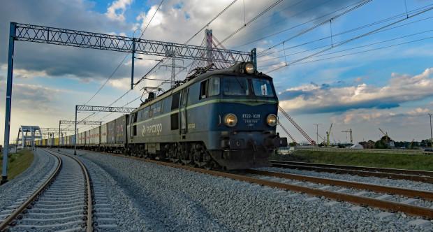 Na jazdę pociągów powyżej 120 km/h po linii z Pruszcza Gdańskiego do portu będzie trzeba jeszcze poczekać do zakończenia prac kosmetycznych przy linii.