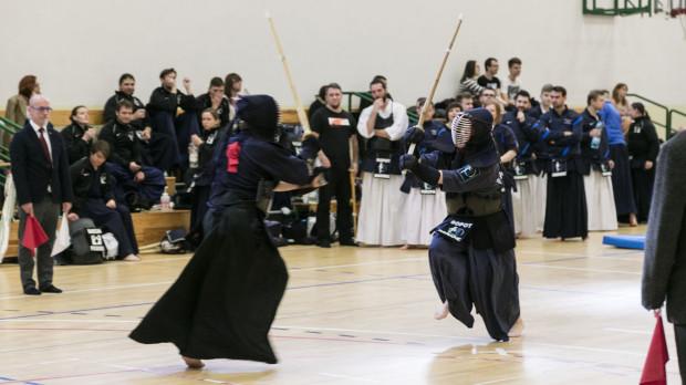 Kendo to bardzo efektowna i rozwijająca dyscyplina sportu. Na zdjęciu zawodnicy rywalizujący podczas ubiegłorocznych mistrzostw Polski.