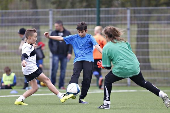 Z piłkarskiego boiska na Zaspie niebawem będzie można korzystać przez cały rok.