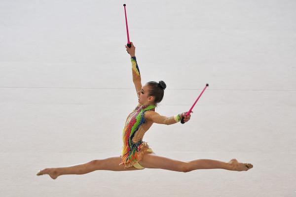 Natalia Kozioł dała się już poznać szerszej publiczności w Polsce. Gdyńska gimnastyczka trenuje sześć dni w tygodniu i marzy o wyjeździe na następne igrzyska olimpijskie do Tokio.
