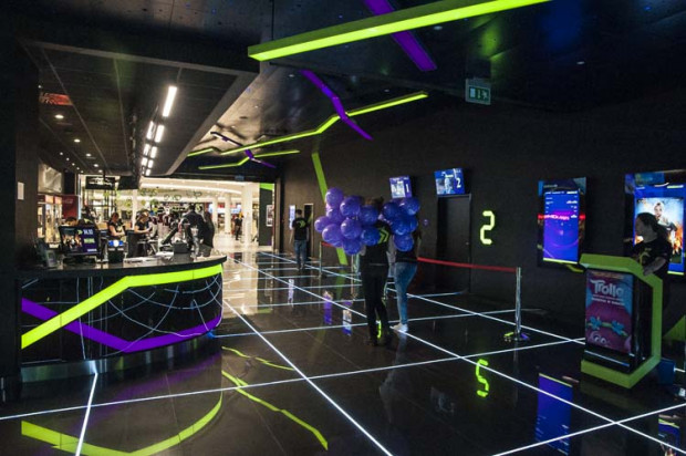 Cinema 3D w Galerii Morena oferuje widzom sześć sal o całkowitej pojemności ponad 1100 miejsc. W multipleksie obejrzymy filmy zarówno w 2D i 3D, jak i w nowoczesnej technologii Barco Escape, na panoramicznym trzyczęściowym ekranie.