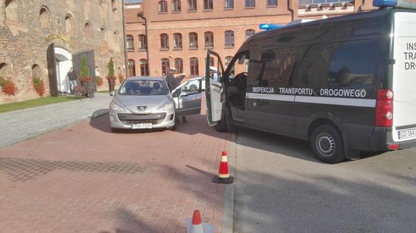 Kierowca został ukarany przez ITD mandatem w wysokości 8 tys. zł.