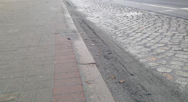 Tak jeszcze w czwartkowe przedpołudnie wyglądała ul. 10 Lutego w Gdyni.