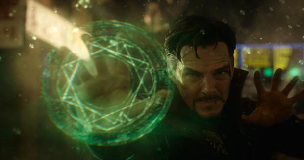 Najnowsze dzieło studia Marvel to wyważona kombinacja wartkiego kina akcji z wysublimowanym humorem i solidną porcją science fiction. Pozycja obowiązkowa dla fanów filmów czerpiących garściami z komiksu.