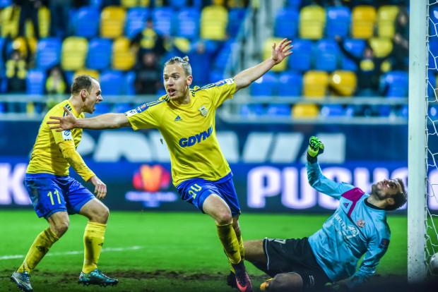 Dominik Hofbauer wprowadził Arkę Gdynia do półfinału Pucharu Polski oraz pozwolił zakończyć serię 9 gier bez zwycięstwa, która trwała od 22 września.