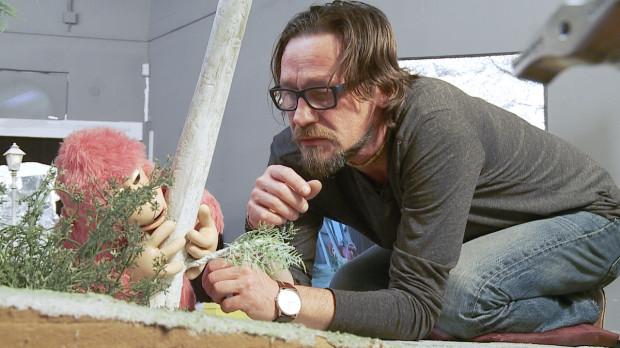 Doświadczony Adam Wyrwas podczas animacji goryla.