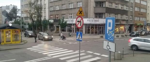 Wprowadzenie skrzyżowań równorzędnych to także ograniczenie liczby znaków.