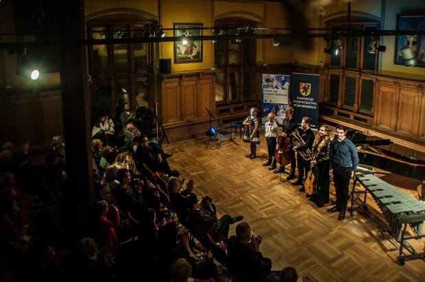 W koncercie Metropolia klasycznie w Ratuszu Staromiejskim wzięli udział uczniowie trójmiejskich szkół muzycznych.
