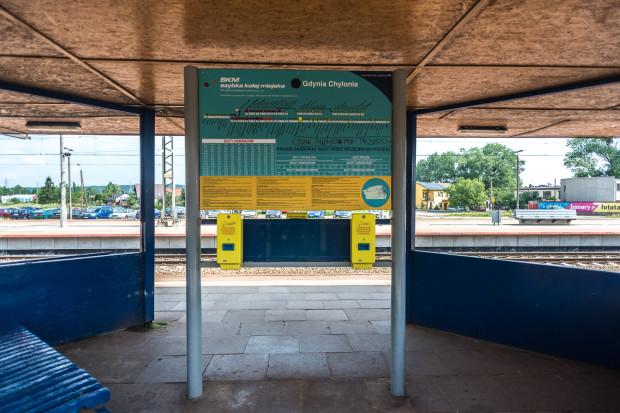 Po wprowadzeniu elektronicznej portmonetki, podróżując SKM-ką nie będzie trzeba kasować biletów na peronie.