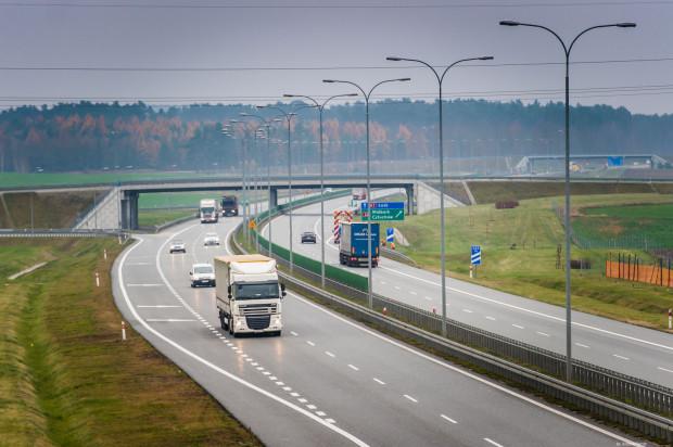 13 kierowców w miesiącu jedzie po autostradzie A1 ze średnią prędkością przekraczającą 200 km/h.