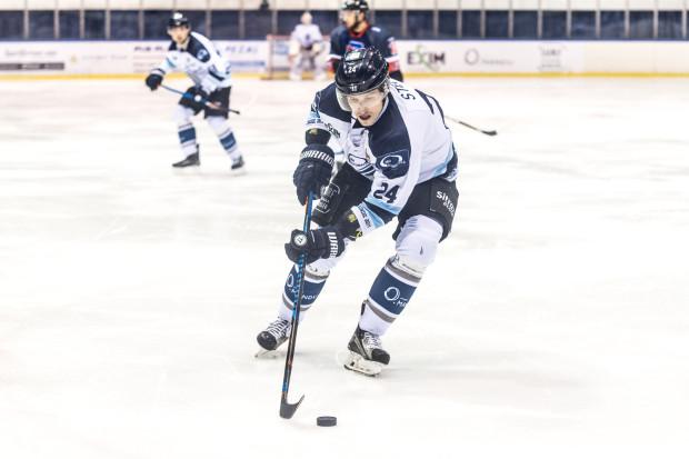 Jan Staber w pierwszej tercji dał gdańszczanom prowadzenie w meczu z Tauronem GKS. Niestety, MH Automatyka nie zdołała go utrzymać, a kapitan opuścił lód z urazem kolana.
