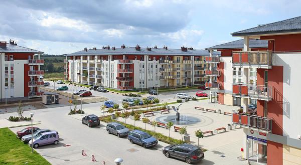 Nowy Horyzont na granicy Gdańska i Borkowa to pierwsza inwestycja Euro Stylu, którą firma szybko podbiła trójmiejski rynek. W tej chwili Euro Styl sprzedaje mieszkania na dziesięciu inwestycjach w Trójmieście i Olsztynie.