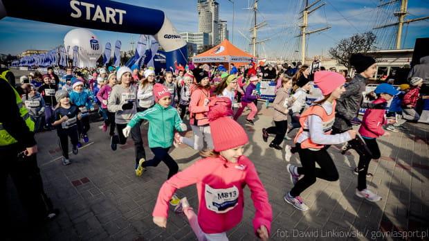 Bieg Urodzinowy Gdyni na dystansie 10 km odbędzie się w niedzielę. Już w sobotę rywalizować będą jednak na krótszych dystansach. Nie zabraknie konkurencji dla najmłodszych.