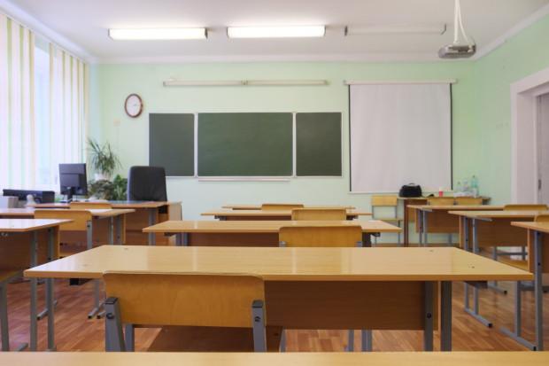 W szkołach, które sprawdziliśmy, frekwencja wyniosła w piątek od 68 do 100 proc.