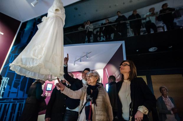 """Wystawa """"Gdynia - dzieło otwarte"""" została stworzona m.in. dzięki osobistym pamiątkom przekazanym przez jej mieszkańców."""