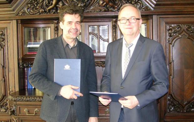 Warcisław Kunc, dyrektor Opery Bałtyckiej i prof. Jerzy Gwizdała, rektor Uniwersytetu Gdańskiego.