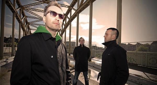 Obecny skład zespołu eM: Mariusz Dalecki, Artur Olkowicz i Paweł Kaczyński.