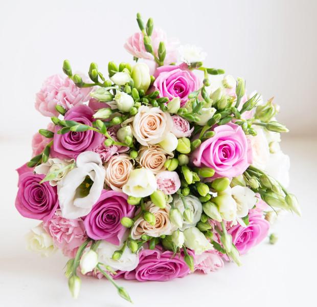 Kwiaty na Dzień Kobiet mogą być prawdziwym dylematem.