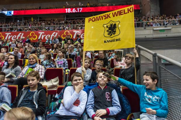 Uczniowie z kaszubskich szkół sprawili, że na meczu Atomu Trefla Sopot ustanowiony został rekord frekwencji w rozgrywkach ligowych siatkarek w Polsce.