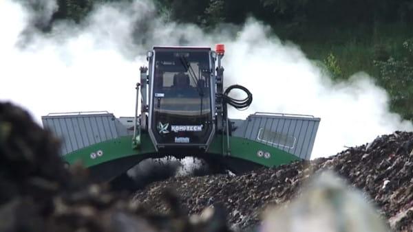 NIK twierdzi, że najwięcej kłopotów stwarza ograniczenie masy odpadów biodegradowalnych przekazywanych do składowania. W Szadółkach od lat mamy problem z kompostem. Obecnie trwają prace przygotowawcze do budowy drugiej  kompostowni, która ma zakryć przyczynę odoru w części miasta.