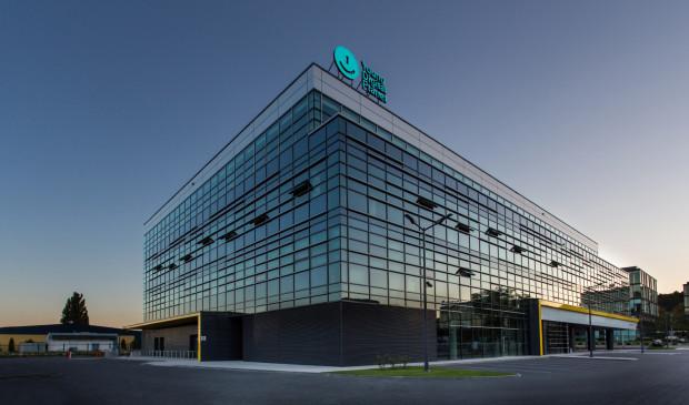 YDP to część fińskiej Grupy Sanoma od 1999 roku, kiedy Finowie kupili część udziałów w polskiej spółce. W 2004 roku udział Sanoma w YDP wzrósł do 55,1 proc. W roku 2011 fińska grupa przejęła pozostałe 44,9 proc. YDP.