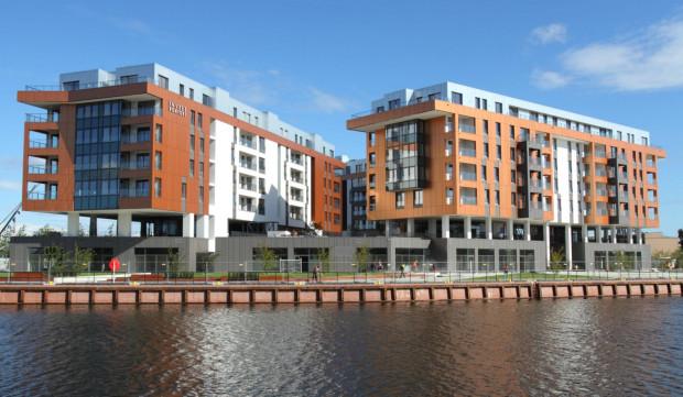 W plebiscycie prowadzi osiedle Brabank, które nad Motławą postawił Invest Komfort. Czy to jest najciekawsza inwestycja mieszkaniowa 2016 roku? Zdecydują o tym Wasze głosy.