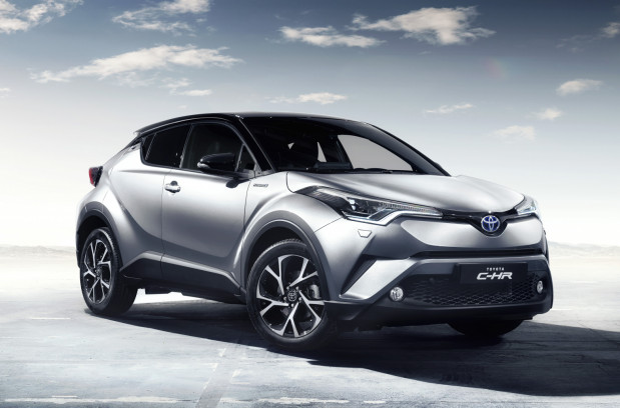 Toyota to hybrydowy prekursor.