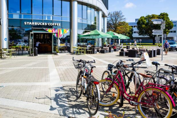 Rower może być alternatywnym, ekologicznym środkiem transportu w mieście. W godzinach szczytu samochód nie jest najszybszym sposobem podróżowania, szczególnie w ścisłym centrum.