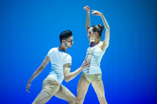 Gdańscy zdobywcy trzecich miejsc w kategorii tańca klasycznego w grupach starszych - Mateusz Dryll i Wiktoria Patok - podczas Koncertu Galowego zatańczyli wspólnie.