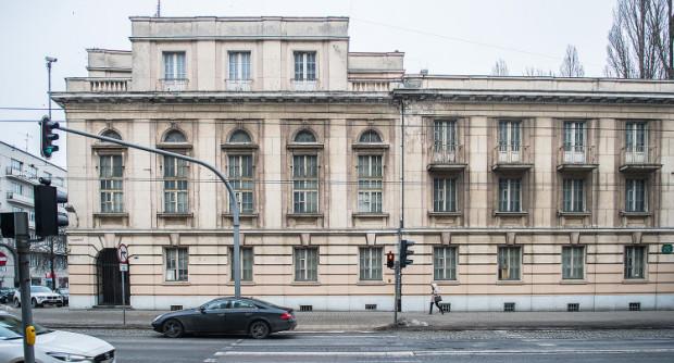 Budynek Banku Polskiego od lat pozostawał niezagospodarowany. W najbliższych miesiącach zajdą tam zmiany.