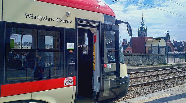 Władysław Czerny jest patronem tramwaju Pesa nr 1012.