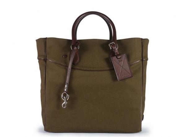 Tote bag jest zdecydowanie najbardziej kontrowersyjną męską torbą.