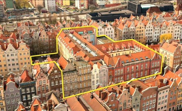 Za 59 mln zł jest do kupienia ponad półhektarowy grunt w użytkowaniu wieczystym do 2089 roku oraz budynek o powierzchni 12 854 m kw.
