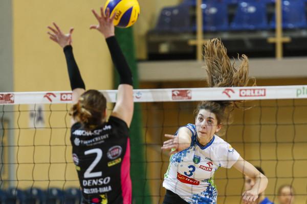 Martyna Łukasik jest jedną z najbardziej utalentowanych juniorek w Trójmieście. W przyszłym sezonie nie zobaczymy jej jednak w barwach jednej z młodzieżowych drużyn, gdyż zapewne ponownie zagra w Orlen Lidze. A tej w Trójmieście już nie będzie.