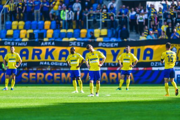W którą stronę podążą w ostatniej kolejce sezonu zasadniczego piłkarze Arki Gdynia? Do 11 czy 16 pozycji?