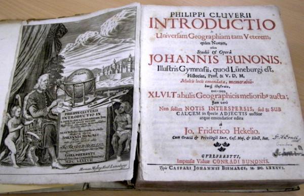 Dzieło  Introductionis in universam geographiam tam veteram quam novam libri VI  (Wprowadzenia do geografii powszechnej tak starej jak nowej - ksiąg sześć) zostało wydane w 1624 r., a więc już po śmierci geografa.