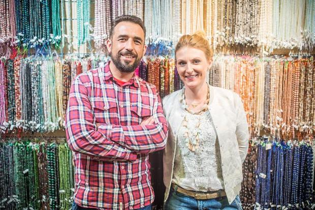 Nie był to przypadkowy wybór profilu działalności. Zaczęło się od mojego hobby, czyli wyrobu biżuterii - mówi Anita Pełszyńska, która razem z mężem Jackiem prowadzi firmę.
