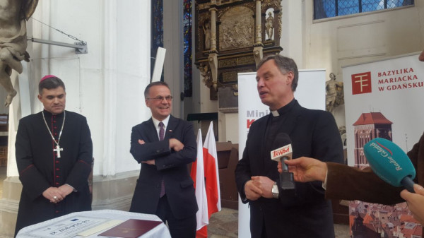 W niedzielę poinformowano o nowym większym dofinansowaniu na remont bazyliki Mariackiej.