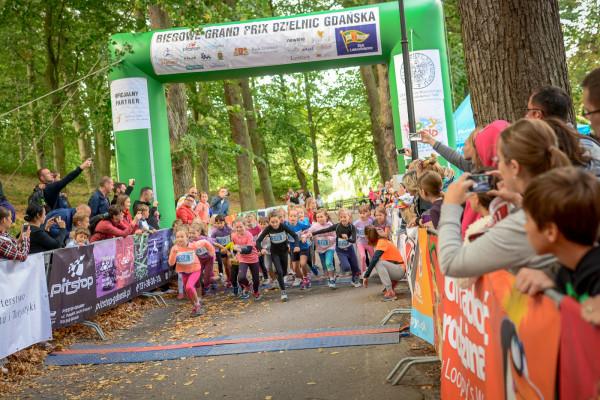 Biegowe Grand Prix Dzielnic Gdańska to nie tylko bieg dla dorosłych, ale także biegi dla dzieci.