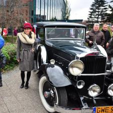 Przy samochodzie Packard z 1933r. fotoreporterzy naszego Portalu robili zdjęcia przebranym.
