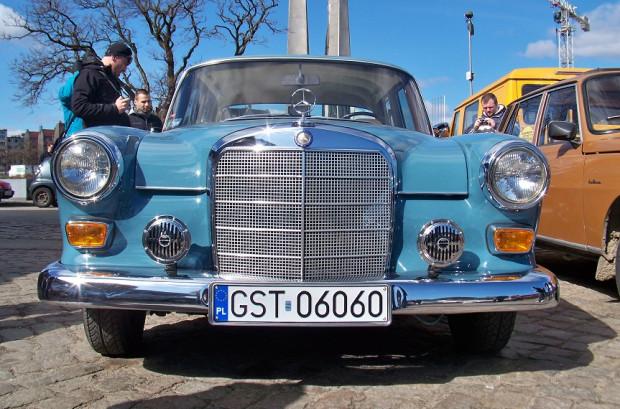 Podczas czterogodzinnej wystawy swoje samochody zaprezentują głównie pasjonaci z Pomorza. Będzie na czym zawiesić oko.