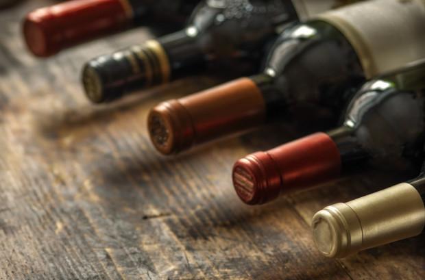 Wino nie ma daty ważności, po której spożycie spowodowałoby uszczerbek na naszym zdrowiu. To produkt ewoluujący i skosztowanie nawet 30-letniej Sophii może być jedynie ciekawym lub średnio przyjemnym doznaniem, a nie powodem do obaw.