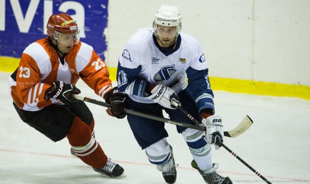 Marek Wróbel już raz wracał do Gdańska, przy okazji reaktywacji ligowego hokeja w 2014 roku. Dobre występy w I lidze dały mu jednak kontrakt w Cracovii. Czy ponownie zobaczymy go w biało-niebieskich barwach?