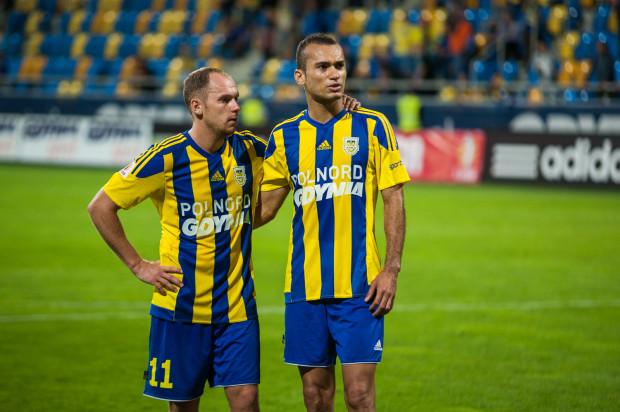 Marcus (z prawej) przypomina, że wcześniej sędziowie popełniali błędy na niekorzyść Arki i wspiera Rafała Siemaszkę.